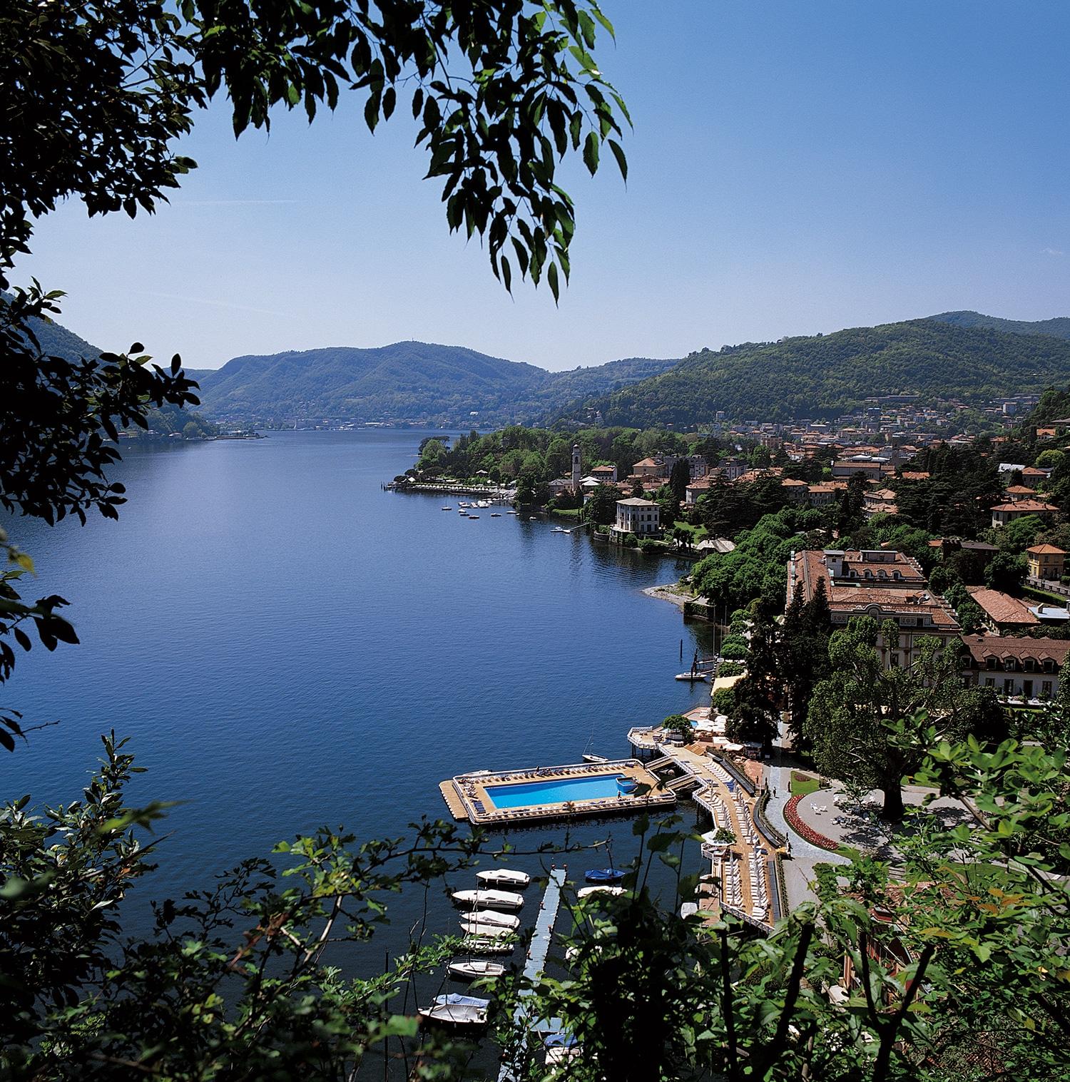 s jour idyllique la villa d 39 este sur le lac de c me. Black Bedroom Furniture Sets. Home Design Ideas
