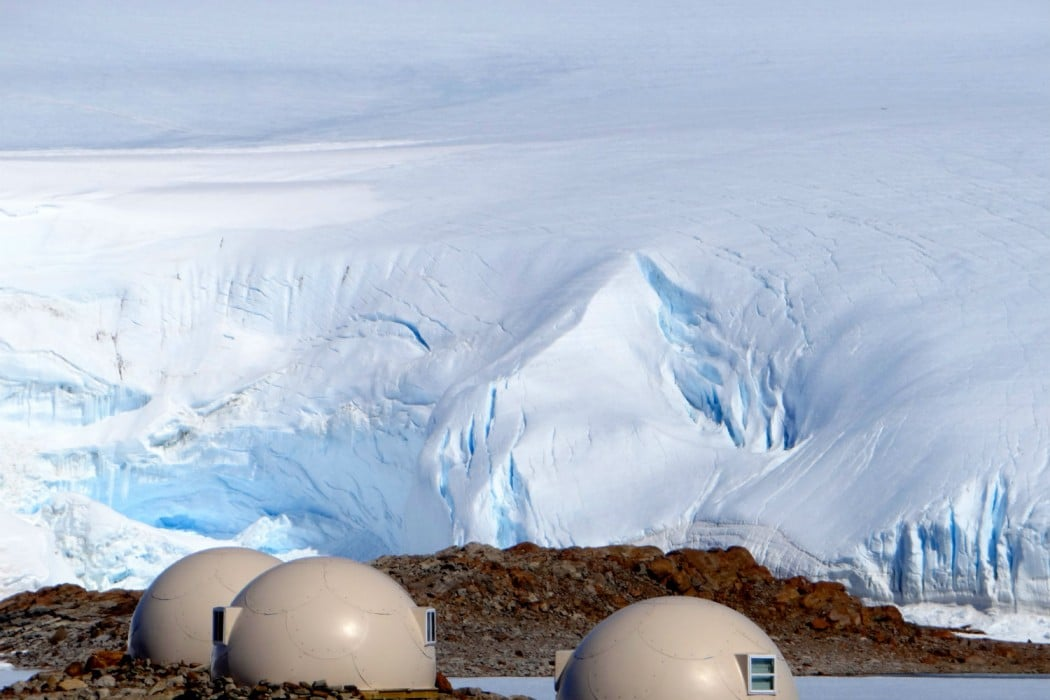 Mon Plus Beau Voyage - White Desert - Pods with icefall behind