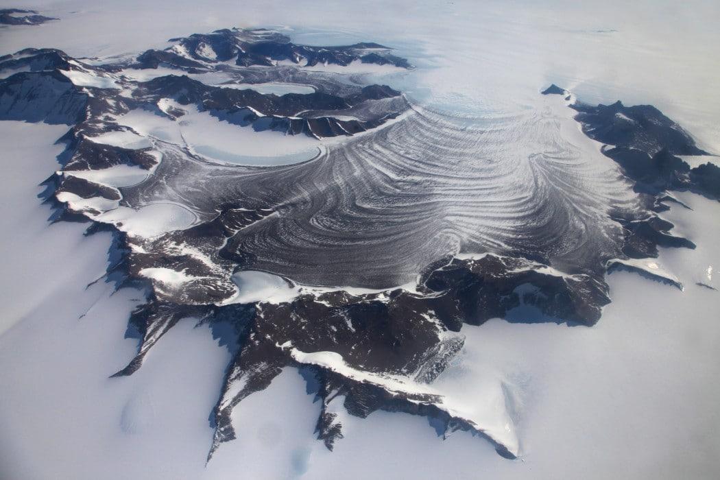 Mon Plus Beau Voyage - White Desert - aerial view