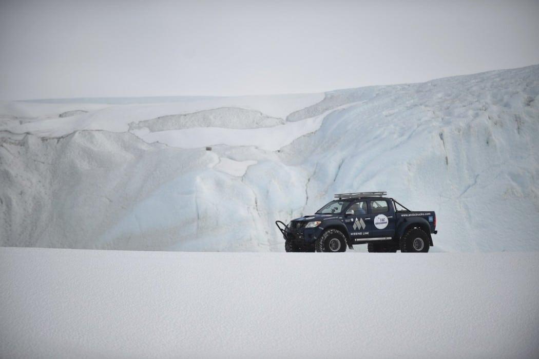 Mon Plus Beau Voyage - White Desert - ice and 4x4
