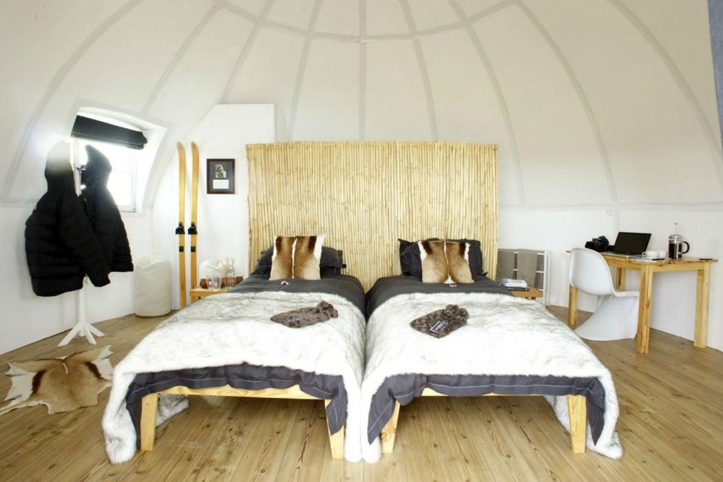 Mon Plus Beau Voyage - White Desert igloo Interior
