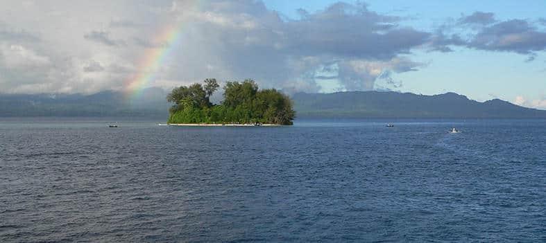 Mon Plus Beau Voyage a Raja Ampat_Le Ponant_C-Michael-Corbett-Kennedy-Island_carrousel