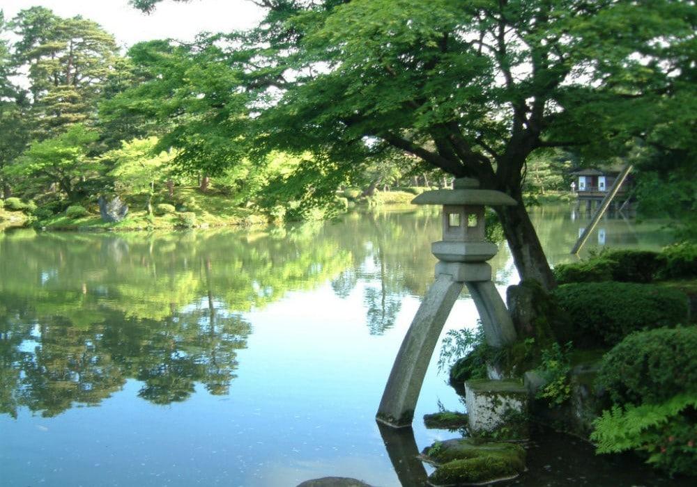 5 - Kenrokuen Garden - Kanazawa