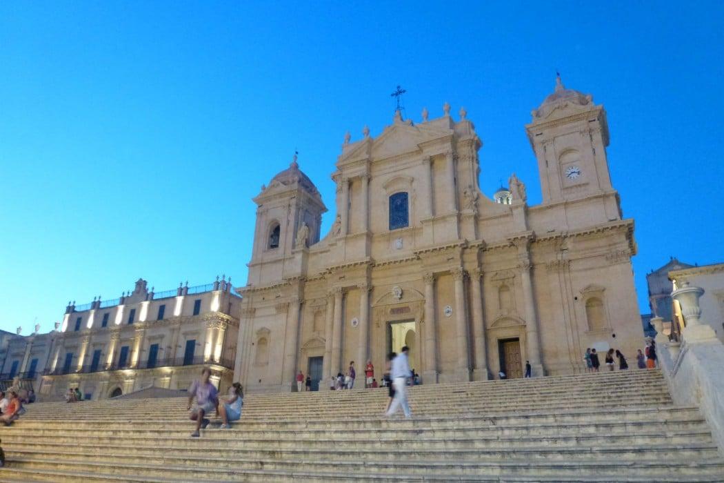 Mon Plus Beau Voyage en Sicile - Noto eglise