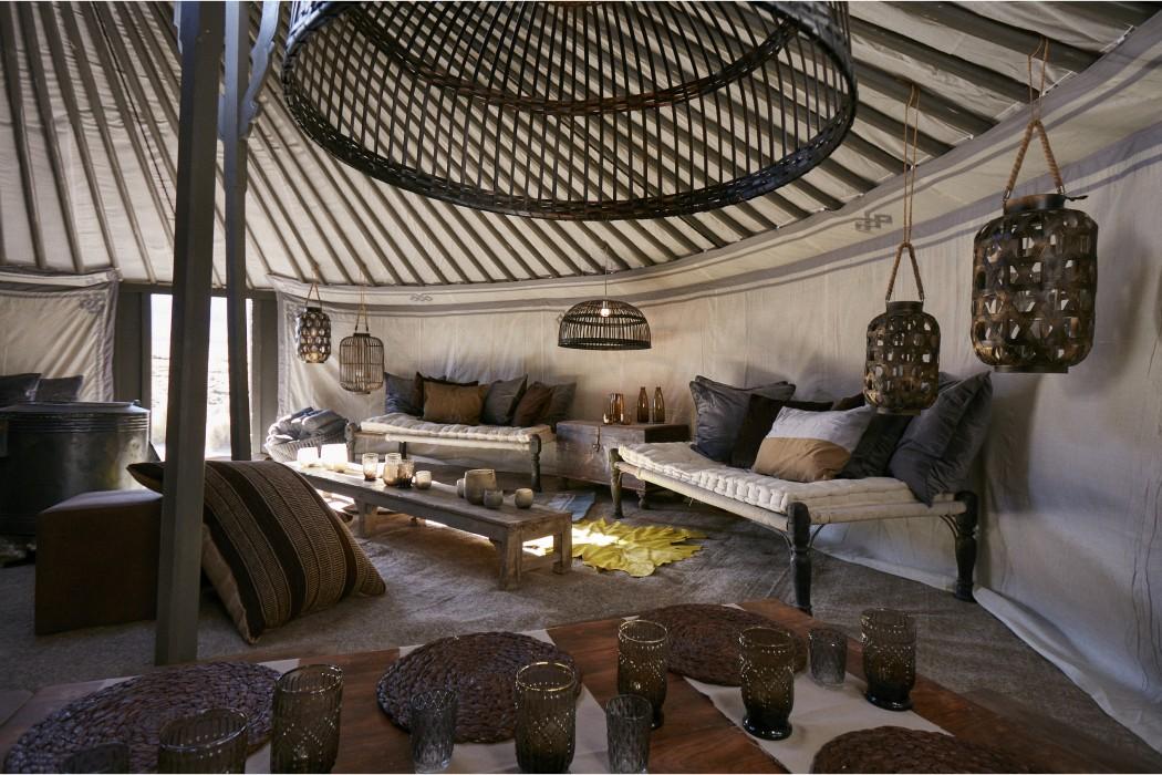 glamping-laponie-finlande-napapiiri-camp-lounge1