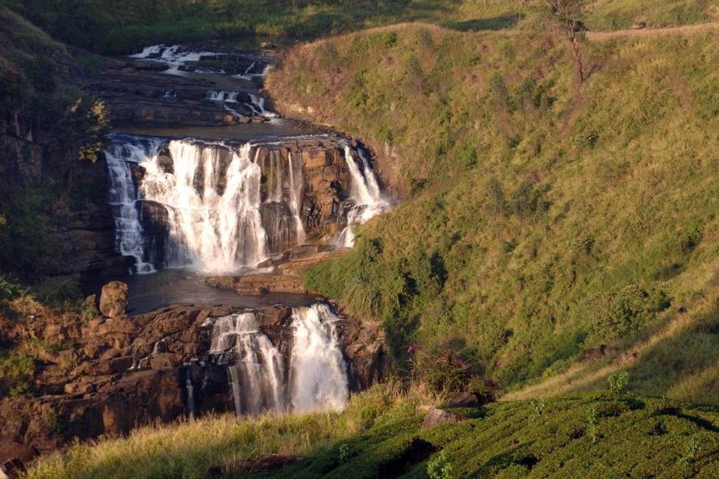 Mon Plus Beau Voyage au Sri Lanka- grand-hotel -sri-lanka-water-fall