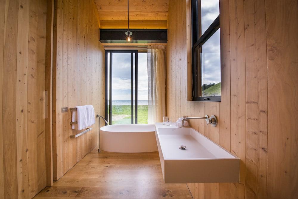 Mon Plus Beau Voyage en Nouvelle Zelande_HR Scrubby Bay Bathroom
