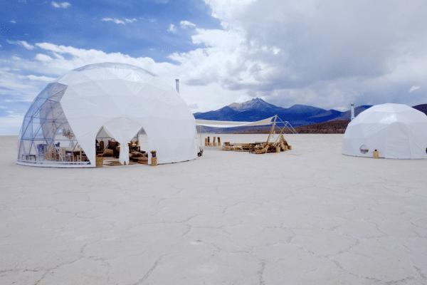 Original Glamping Le dome - exterieur du camp de luxe