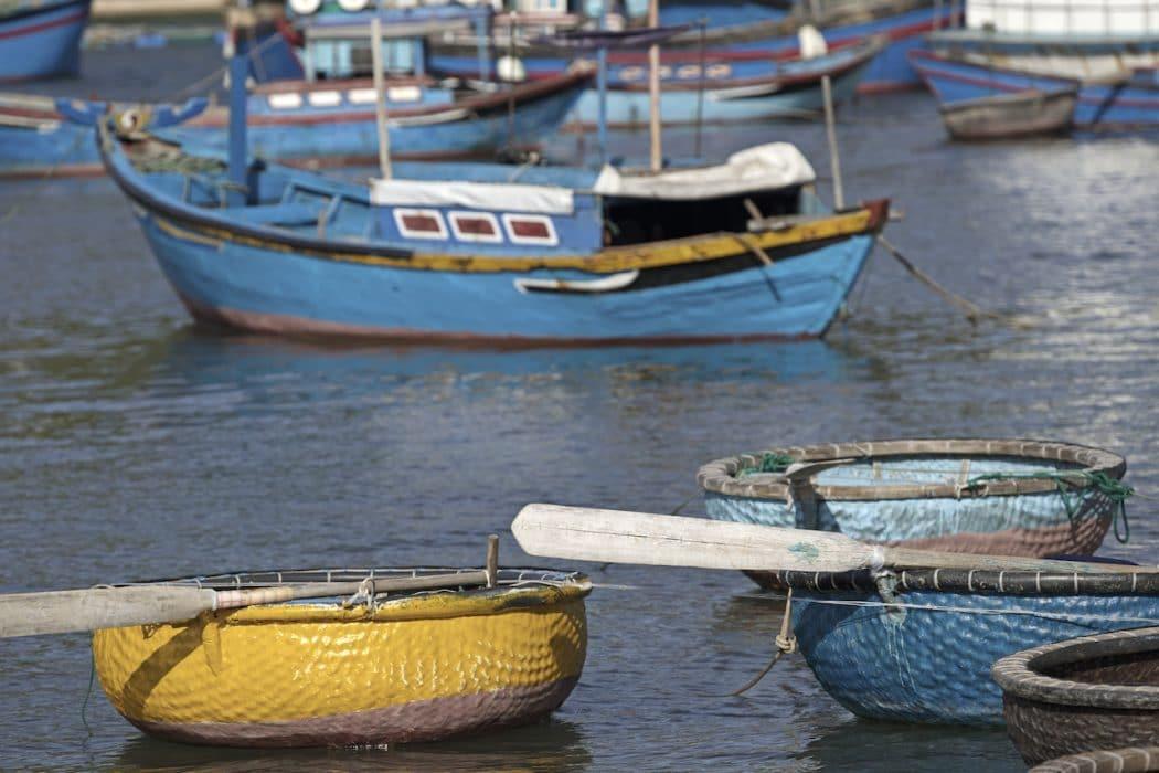 Petits bateaux au Vietnam