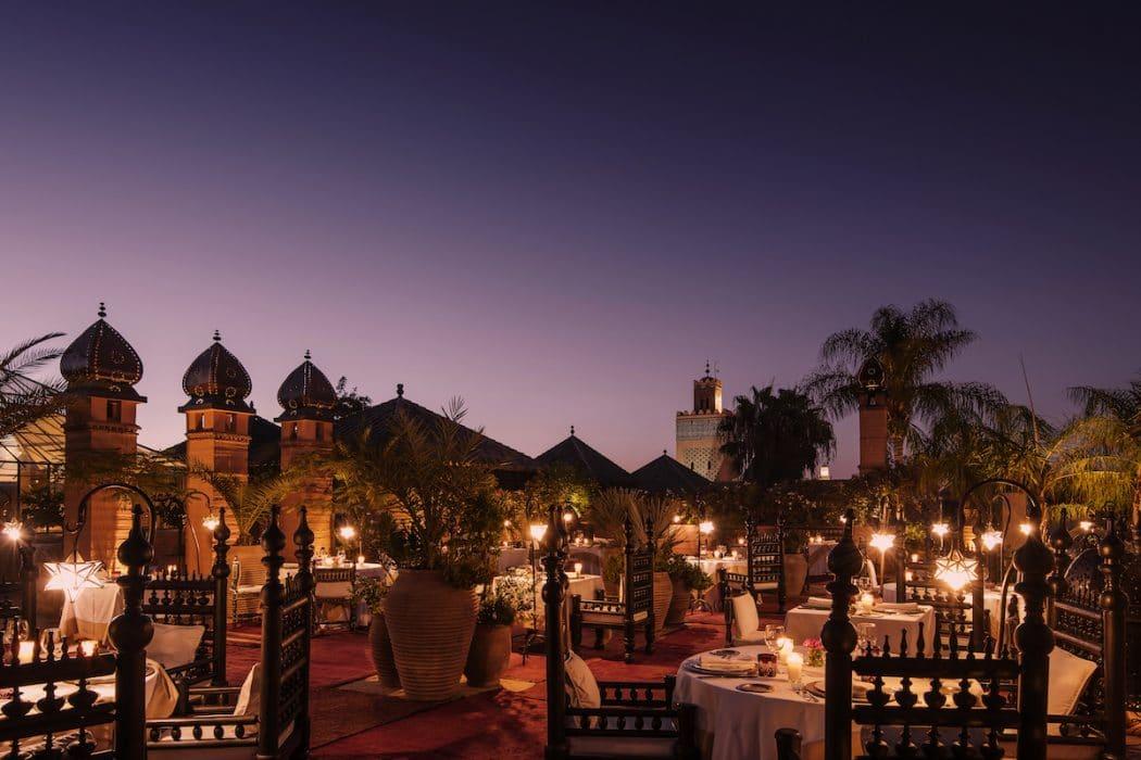 Profitez du coucher de soleil sur la médina à l'hôtel.